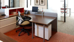 Bureau a partager a westmount- Office to share in Westmount