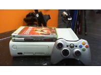 XBOX 360 CONSOLE - WHITE -& 2 GAMES
