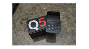 Blackberry Q5 Black - Unlocked - Like New in Box