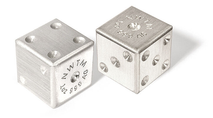 PAIR OF .999 FINE SILVER DICE 1 OZ EACH GAMING GAMBLING D&D 2 TROY OUNCE BULLION