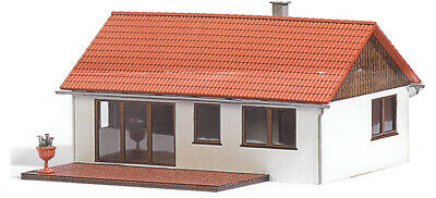 HO Scale Buildings - 1448 - Prefabricated House - kit