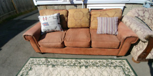 Microfiber brown couch. Delivery is extra