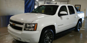 2011 chevy avalanche LT