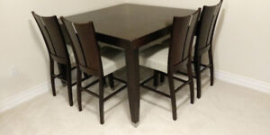 Hamilton Spill Counter Height Table and Chairs