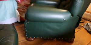 Leather recliner lazyboy - top grain leather - with footrests