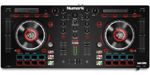 BRAND NEW NUMARK MIXTRACK PLATINUM DJ CONTROLLER - WINTER SALE