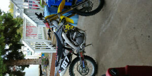 Mint dirt bike
