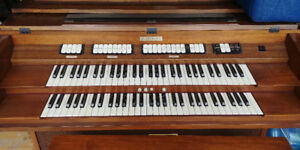 Baldwin Organ Model 711