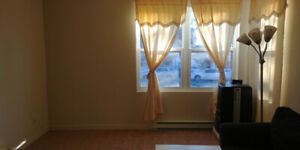 A newly furnished apartment in NDG