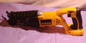 Dewalt 18 volt Cordless Recipricating saw