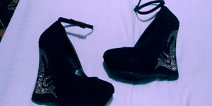 Black ankle-strap wedges