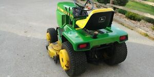 JOHN DEERE 318 LAWN TRACTOR WITH ALL THE TOYS