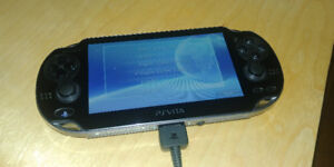 Console Playstation Vita + Carte Mémoire 64gb