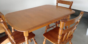 Solid Maple / Wood Table and Four Chairs in Excellent Condition