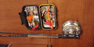 8' 6wt fly rod with pflueger trion reel and flies