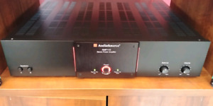 REALLY NICE HIGH QUALITY POWER AMPLIFIER