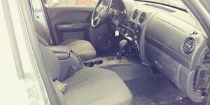2002 Jeep Liberty for part