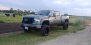 Looking for 2004.5 and up duramax