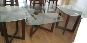 GLASS COFFE TABLE AND SIDE TABLE