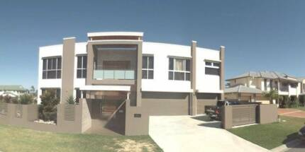 BIG 6 bedroom house! Renting up to two rooms. Pacific Pines Gold Coast City Preview