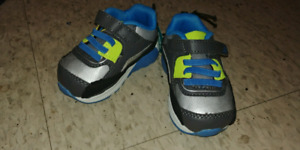 Size 3 and 4 boy shoes