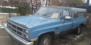 1983 GMC Sierra Classic 1/2 ton pickup truck for sale