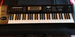 Clavier/synth Korg TR61 Workstation