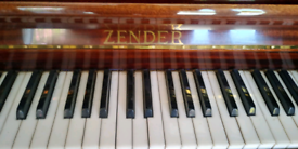 Zender mini piano with stool
