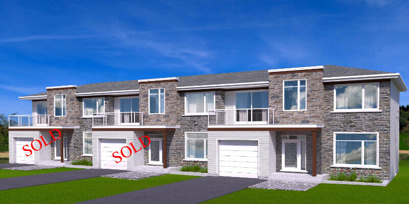 TOWNHOUSE WITH WATERFRONT ACCESS   Houses for Sale ...