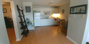 Cute 2 bedroom apt ready for June 1st!