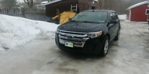 2013 Ford Edge. MINT condition $180 a month. Warranty available
