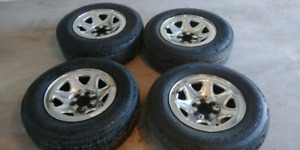 "GMC Sierra 1500 -4x17"" steel wheels with sensors"