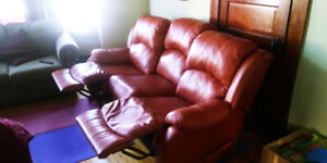 Recliner couch excellent condition