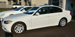 BMW 328i One owner low km. 2 set of wheels.Lexus Acura Mercedes