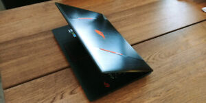 Portable gamer 17 pouces Asus