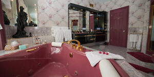 Beautiful Jaccuzi in mint condition with gold plated taps