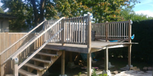 Deck for aboveground pool