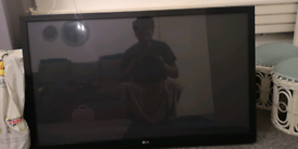 "LG 42"" PLASMA HD TV WITH FREE CROMECAST STICK TV"