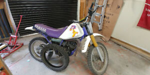 1992 Yamaha RT180 Dirt Bike and Motorcycle Stand
