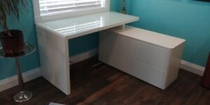 Beautiful White L-Shaped Desk for Sale!