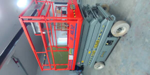 2 Skyjack 4832 scissor lift for Sale