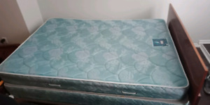Queen size, Bed box, Mattress and solid frame