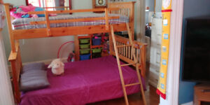 Single over Double Bunk Beds, Solid Wood