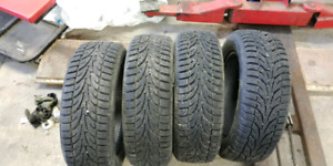 195/60r15 (tires hiver)