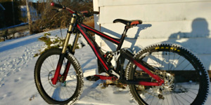 2008 Giant Glory DH