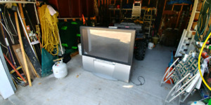 """48"""" JVC Big Screen TV with remote"""