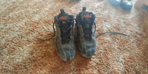 Nike cleats size 3.5