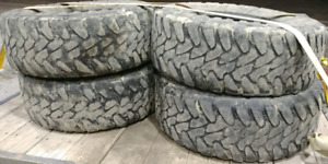 35 12.5 R17 Toyo Open Country tires