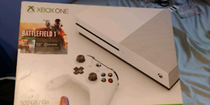 Xbox one S 2 tb with games