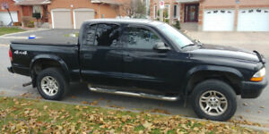 2004 Dodge Dakota SLT Quad Cab 4WD For Sale